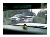 Название: 1 Фотоальбом: Нарушители Категория: Авто, мото  Фотокамера: Nokia - E51 Диафрагма: f/3.2 Фокусное расстояние: 49/10   Описание: Амуркская-Карла-Маркса Тип выехал на встречку по Амурской, чем вызвал пробку ряду идущему по этому направлению.  Просмотров: 2582 Комментариев: 0