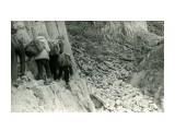 """Туристы в пути. Мыс """"Столбчатый"""", 1963г.  Просмотров: 451 Комментариев: 1"""