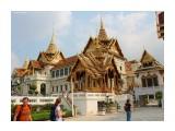 Название: Бангкок (дворец  короля Тайланда). Фотоальбом: Тайланд, Паттайя  ( 2013 год) Категория: Туризм, путешествия Фотограф: 7388PetVladVik  Время съемки/редактирования: 2015:02:13 08:25:19 Фотокамера: Canon - Canon EOS 600D Диафрагма: f/11.0 Выдержка: 1/160 Фокусное расстояние: 18/1    Просмотров: 2714 Комментариев: 0