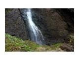 Водопад выбивает небольшое озерцо.. Фотограф: vikirin  Просмотров: 1381 Комментариев: 0
