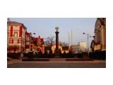 DSC00740 Стела «Город воинской славы» установлена на главной площади Владивостока на Светланской улице, рядом с памятником «Борцам за власть Советов на Дальнем Востоке», в нескольких сотнях метров от бухты Золотой Рог.  Просмотров: 8 Комментариев: